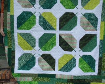 leaf quilt, green quilt, modern quilt, double bed quilt