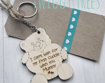 Wooden Mum Mummy to be first Mothers Day  pregnant expecting Birthday Christmas  Engraved Keyring Gift baby shower