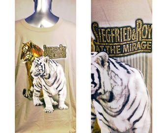 SIEGFRIED & ROY at the MIRAGE,,Las Vegas,,white tiger graphic tee