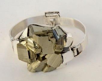 Beautiful crystal of Pyrite bracelet