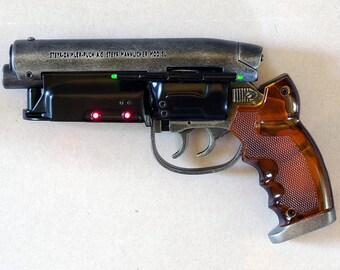 LAPD 2019 PKD Detective Special Blaster Prop/Replica - Electronics + moving parts - Blade Runner Rick Deckard gun [ver.nrp.2017.06]
