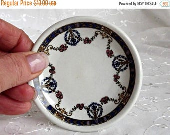 ON SALE Ring Dish, Dresser Vanity Decor, Trinket Dish, Boudoir Decor, Hollywood Regency Decor, Porcelain Ring Dish