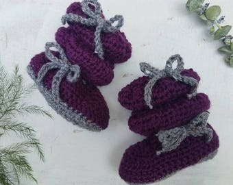 Eggplant Baby Shoes / Purple Baby Shoes / Baby Girl Winter Shoes / Baby Girl Fall Shoes / Baby Girl Shoes / Baby Girl Crib Shoes