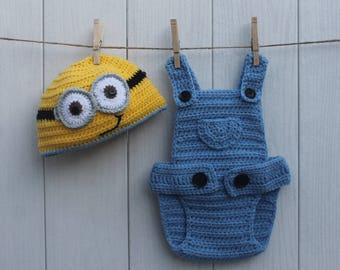 Baby Minion Bob hat and overalls// Despicable Me Minion outfit// Baby Minion hat// Crochet Minion hat and diaper cover overalls