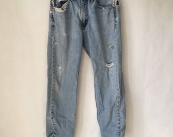Size 32 Levi's 505 Destroyed Denim Jeans - USA Levi's - High waist Jeans - Student Fit - Distressed Denim Street Wear