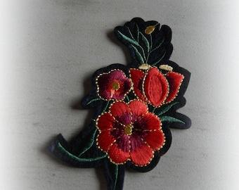 1 patch fusible patch / applique triple flowers red 10 * 6 cm