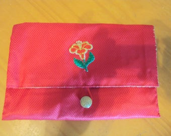 Red Clutch Purse/Bible Carrier  081