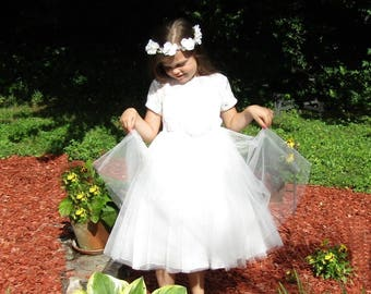 White flower girl dress,Beach Wedding,Princess dress,long white dress,white lace dress,Communion dress,Baptism dress,Junior Bridesmaid dress