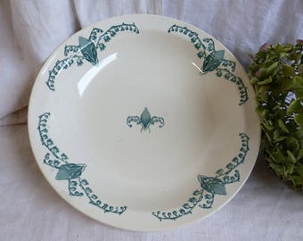 Antique french green transferware round shallow serving dish. Serving bowl. Art Nouveau Lily of the Valley Emerald green Cottage. Botanical