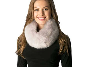 Luxe Soft Light Gray Faux Fur Infinity Scarf