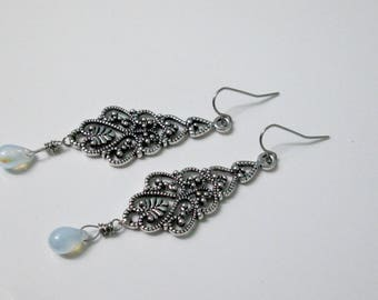 Antique Silver Chandelier Earrings, Long Dangle Earrings, Stainless Steel Earrings, Czech Glass Earrings, AB Glass Jewelry, Romantic Earring