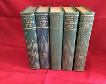 5 Volume Set Funk & Wagnalls New Standard Year Book