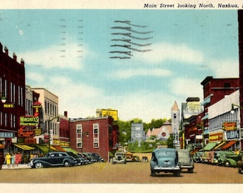 Nashua, New Hampshire - Wingate's Drug Store downtown on Main Street in 1950 - Vintage Postcard