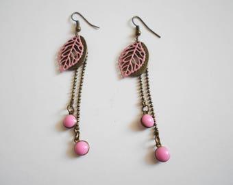 Pink fancy bronze leaf earrings