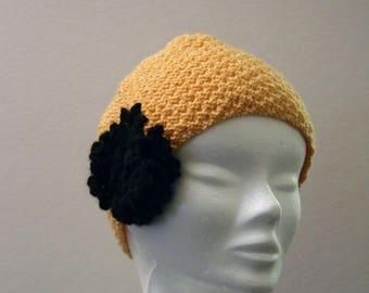 Yellow eyelet knit Black Hat