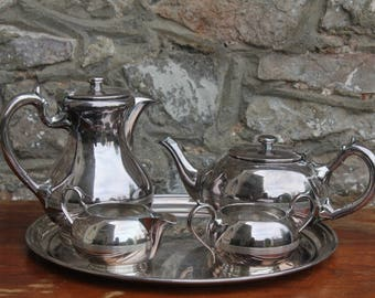 Stunning Art Deco Walker & Hall 17070 Silver Plate Tea Service Coffee Service