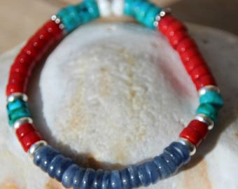 Bracelet with kyanite beads and coral and turquoise