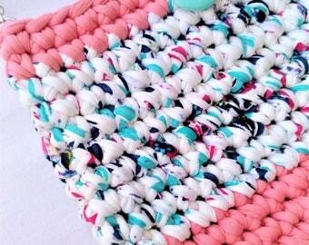 Handmade crocheted bag/Trapillo bag/Green button bag/Boho bag/Clutch