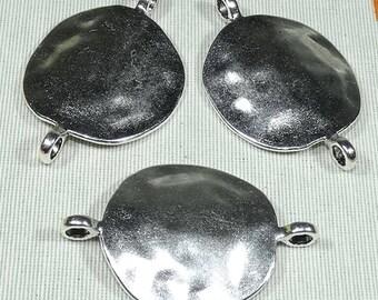 Pearls ZAMAK Metal leather loop