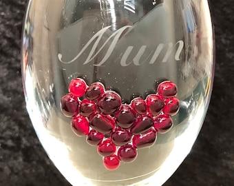 Glass Heart Wine Glass (red)