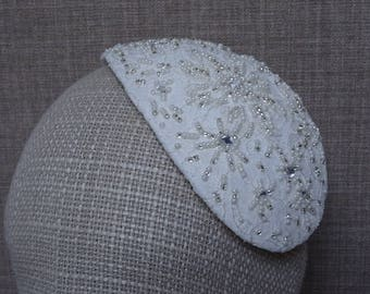 Ivory lace bridal hat, teardrop wedding fascinator, bridal beaded hat, 1940's 1950's retro bride, vintage style wedding headpiece - BH10