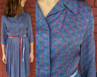 1950's Silk Shirtwaist / 50's Dress / Vintage Silk Dress / Blue & Pink Paisley Pattern / Vintage Paisley Design / Vintage Shirtwaist Dress