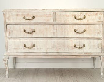 Chest of drawers vintage