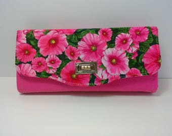 Clutch Wallet (NCW) with multiple interior pockets and card slots