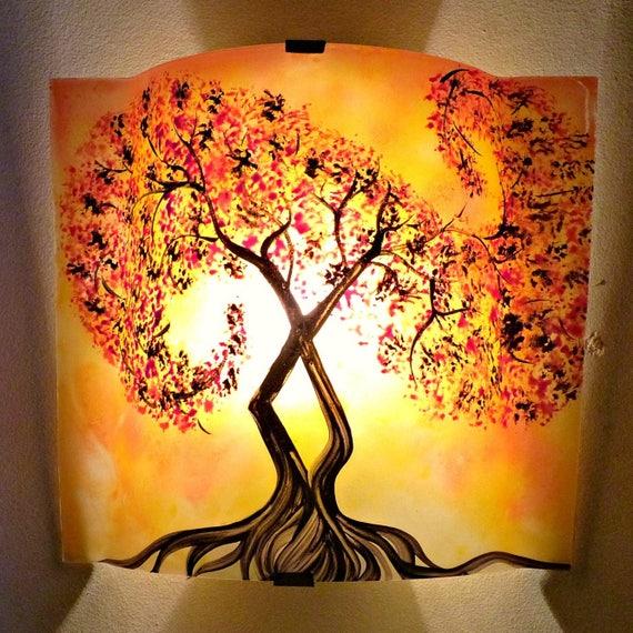applique murale luminaire rouge et orange un arbre. Black Bedroom Furniture Sets. Home Design Ideas