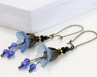 Royal Blue Vintage Style Floral Earrings,  Blue dangle Earrings, Bridal Gifts earrings, Gift for her, Everyday wear Earrings. Blue Wedding