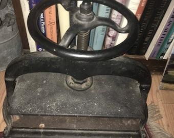 Antique Vintage Victorian Cast Iron Book Binding Press
