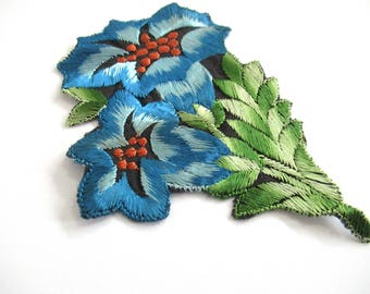 An Antique Blue Silk Flower Applique, Vintage Floral Patch, Embroidery Sewing Supply. #6ADG9AK4