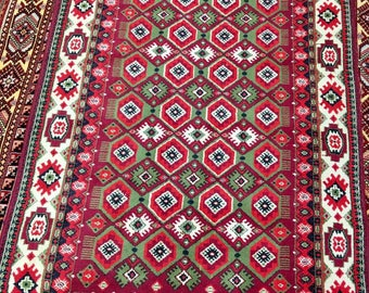 Incredible carpet rug 100% wool oriental pattern rug red green and vinous color warm vintage rug old rug retro suitable for home&restaurant.