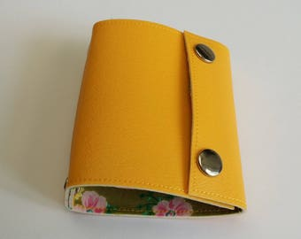 Recycled - Recycled linoleum yellow wallet