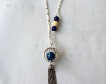 Silver tone with caged Bead Necklace
