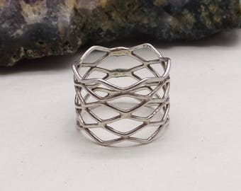 Vintage Silver Lattice work wide band ring size O US 7