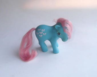 1983 My Little Pony Bowtie Hasbro Blue with pink ribbon bows