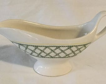 Vintage Buffalo China Lattice Design Restaurantware Gravy Sauce Boat