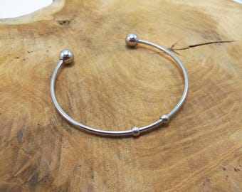 2 bracelets 5.7 cm in diameter stainless steel