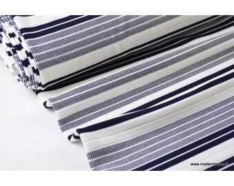 Maille lourde à rayures marine et blanc .x1m