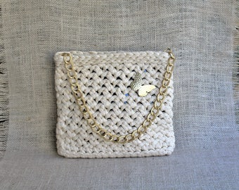 Bridal ivory purse, Crochet bag with chain, Small evening bag, Small wedding purse, Bridal clutch, Classy crochet purse, Off-white handbag