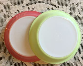 Summer Colors Vintage Pyrex Pie Plates, Pink Dawn and Lime Green 9 inch Pyrex Bake Plates