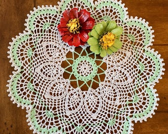 Spearmint Lace Doily - Spring Doily - Farmhouse Decor - Vintage Home Decor - Crochet Centerpiece - French Country Decor - Pineapple Doily