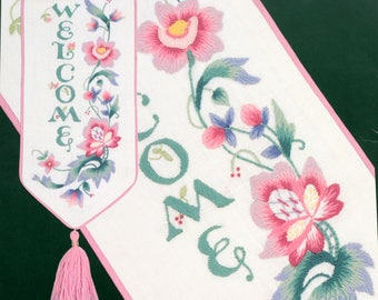 Elsa Williams JACOBEAN WELCOME BANNER Crewel Embroidery Kit Joan Marchie
