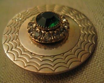HEAVY GREEN RHINESTONE White Rhinestone Round Brooch Textured Gold Tone Metal Vintage 1950's