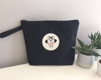 Toiletry bag of jeans fabric with OWL