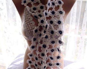 30 % DISCOUNT crochet lariat daisy scarf, crochet scarf, , crochet flower scarf, scarves for her