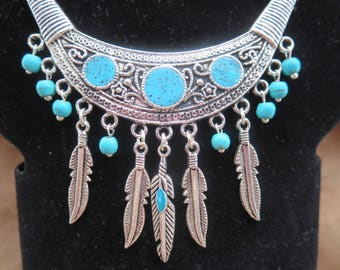 Necklace country leather turquoise beads feather charm