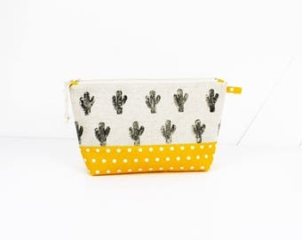 "Kit ""cactus wanted"" printed on natural linen and cotton handmade yellow polka dot"
