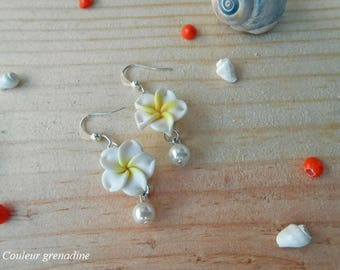 Tiare flower and White Pearl, gift earrings mother of grand mothers, Easter